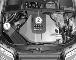 Стикер с данными автомобиля в подкапотном пространстве