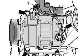 Крепление компрессора кондиционера и штекерный разъем провода