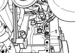 Крепление подающей масляной магистрали турбонагнетателя и его опора