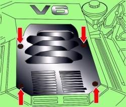 Расположение винтов крепления кожуха двигателя