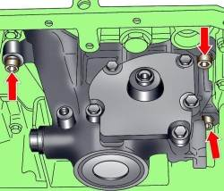 Расположение болтов крепления масляного насоса на дизельном двигателе 2,5 л