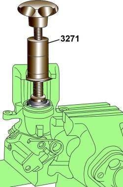 Использование инструмента 3272 для вывинчивания поршня из суппорта