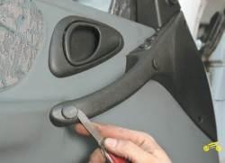 ремонт шевроле нива ручка двери