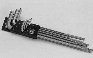Набор ключей с шестигранным профилем размером от 2 до 8 мм