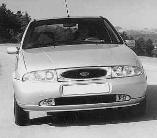 Автомобиль Ford Fiesta чрезвычайно успешный компактный автомобиль, который уже более двадцати лет на всех дорогах мира чувствует себя как дома. Несмотря на различия в передней части, основная концепция автомобиля Ford осталась неприкосновенной