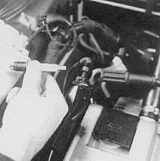Проверка элементов системы зажигания при неработающем двигателе