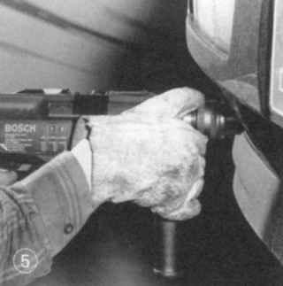 Рабочие перчатки защитят ваши руки от грязи или ссадин при соприкосновении с острыми кромками