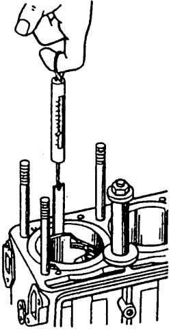 Подбор поршня к гильзе при помощи ленты-щупа и динамометра 24-У-17202