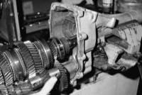 ...газ 3110 3 3 пятиступенчатая коробка пятиступенчатая коробка передач имеет трехвальную схему кпп газ 3110 схема.