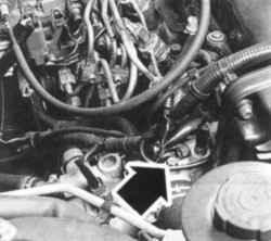Болт для удаления воздушных пробок из системы охлаждения двигателя