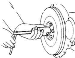 9.5 Удаление направляющей втулки специальным съемником