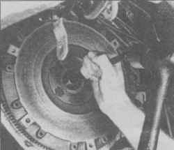 9.6 Удаление направляющей втулки гидроударом