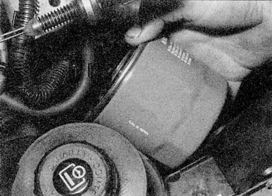 Замена масляного фильтра рено флюенс своими руками