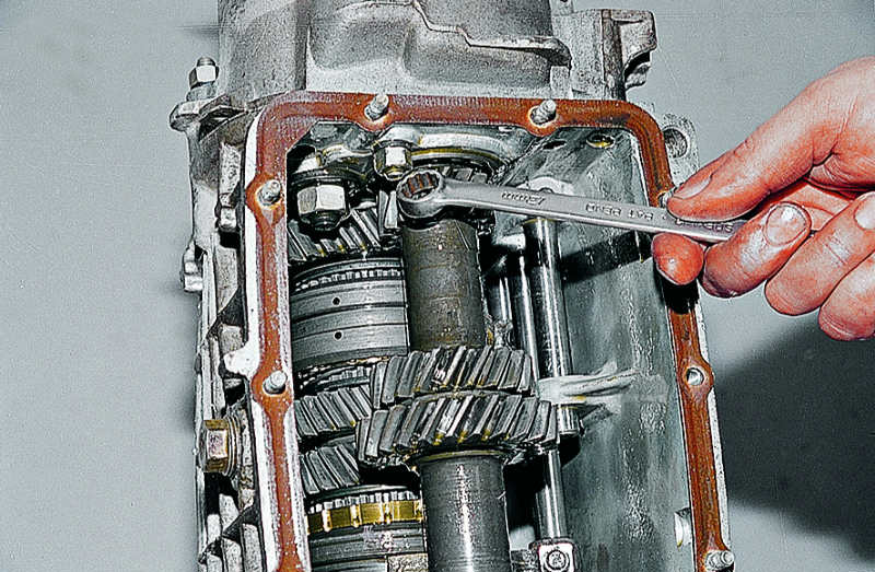 Эл схема генератора ваз 2105.