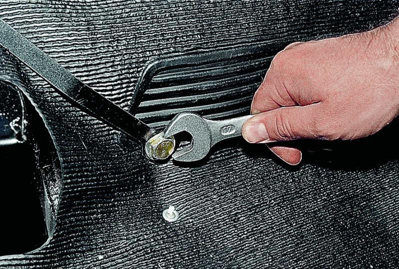 Фото №21 - как отремонтировать ремень безопасности на ВАЗ 2110