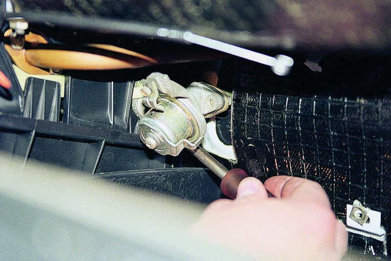 Схема подключения задних фонарей ваз-2105.