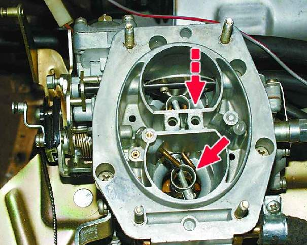 глохнет лодочный мотор без подсоса