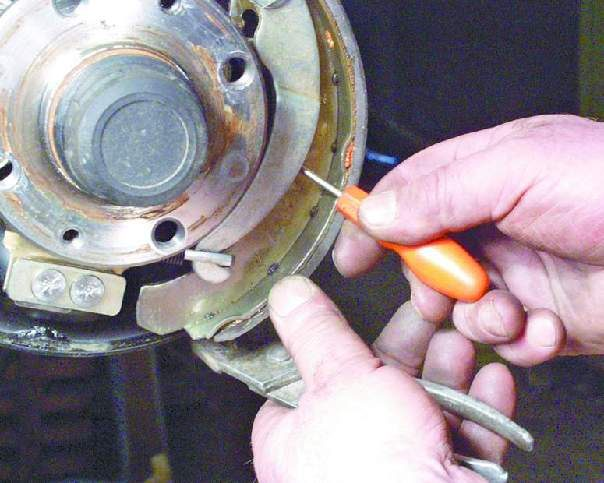 Замена тормозных колодок ваз 2109 своими руками 10