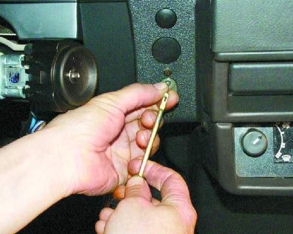 Принципиальная схема простого контроллера