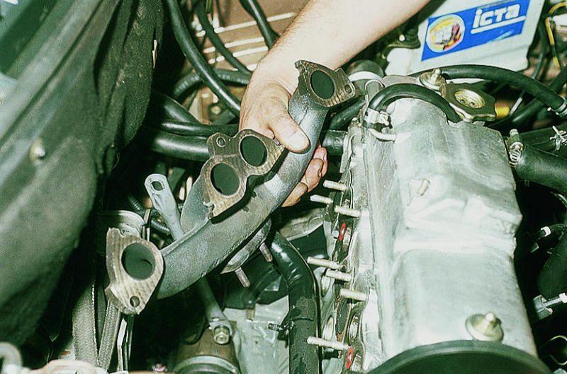 Фото №3 - замена прокладки коллектора ВАЗ 2110