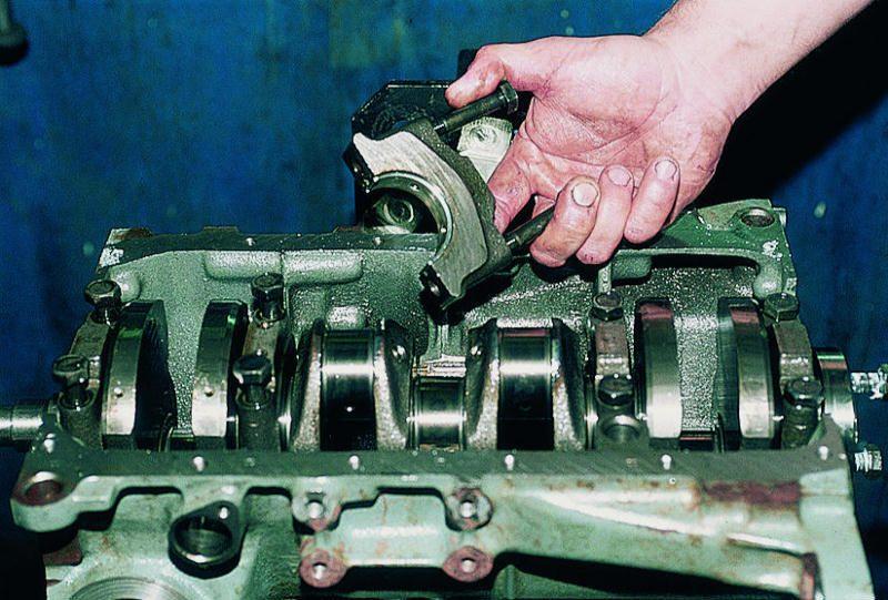 Снимаем крышки разборка и сборка двигателя