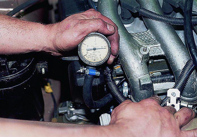 Фото №1 - регулятор давления топлива ВАЗ 2110 16 клапанов замена