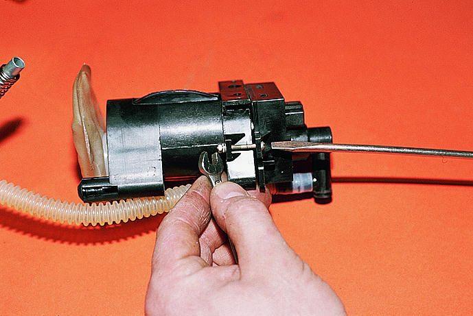 Фото №29 - ремонт бензонасоса ВАЗ 2110 инжектор своими руками