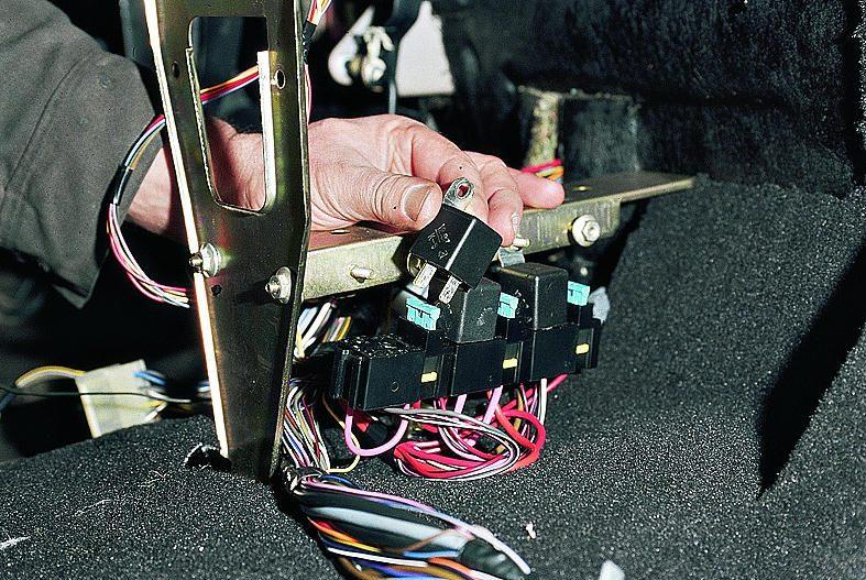 Фото №3 - почему не работает бензонасос на ВАЗ 2110