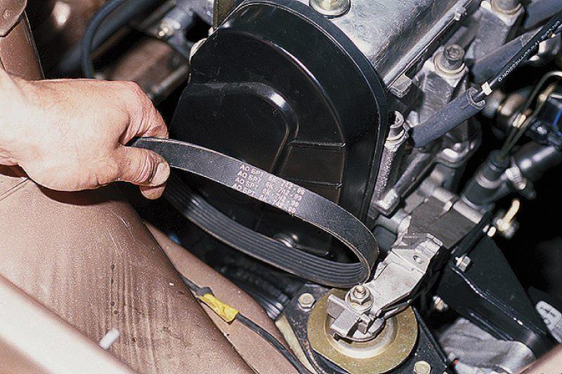 Снятие и ремонт генератора ВАЗ 2110.