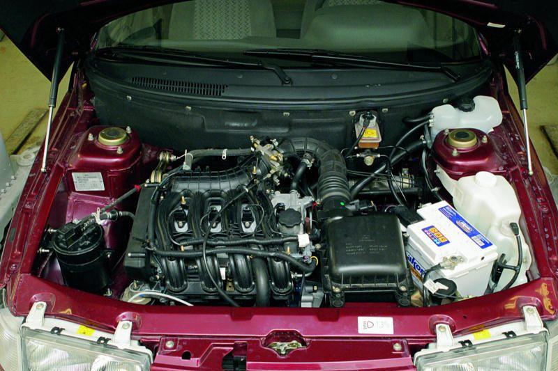 Дроссельные узлы двигателей ВАЗ-21114 и ВАЗ-21124 В отличаются от дроссельных узлов двигателей ВАЗ-2111 и...