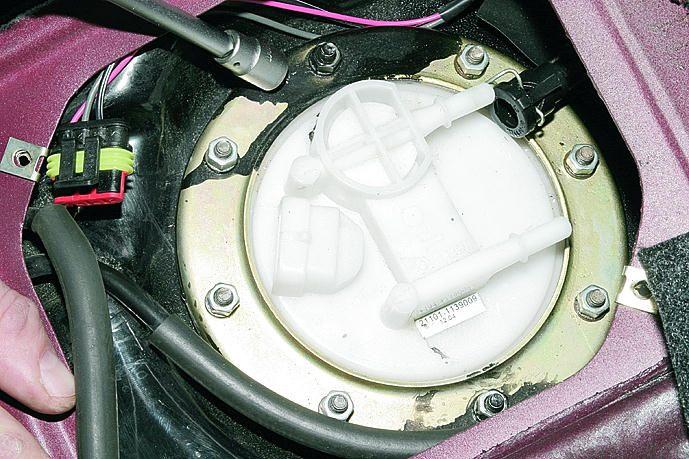 Фото №11 - давление топливного насоса ВАЗ 2110
