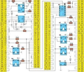 Схема соединений монтажного блока (наружная цифра в обозначении наконечника провода — номер колодки, а внутренняя цифра — условный номер штекера)