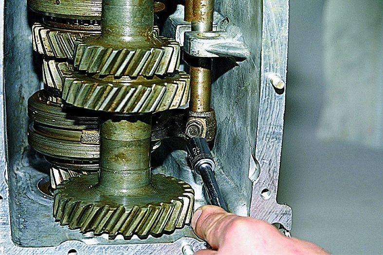 Коробка передач на ваз 21213 ремонт своими руками