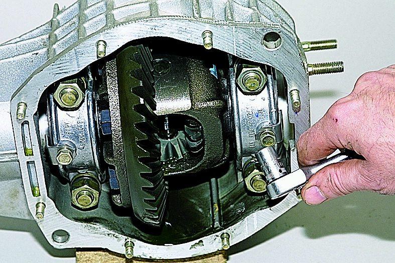 Задний редуктор нива шевроле ремонт своими руками