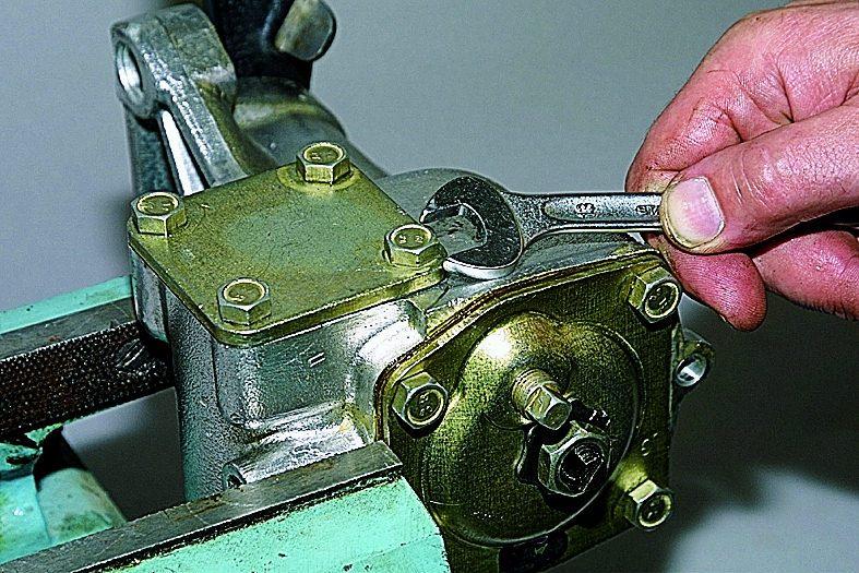 Ремонт рулевого редуктора ваз 2121 своими руками 3