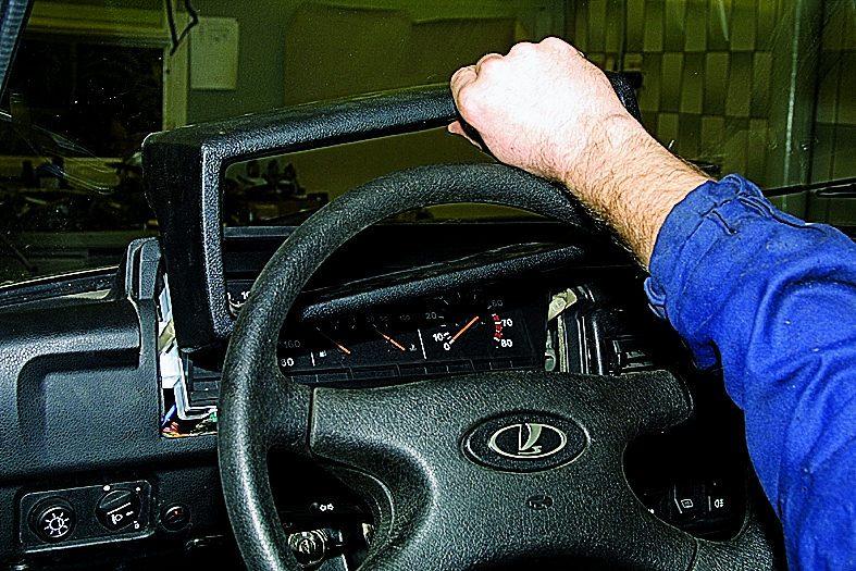 Тюнинг приборной панели ВАЗ 2131: как доработать подсветку своими руками.