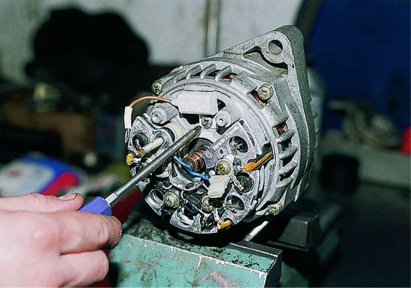 Ремонт генератора 21214 своими руками