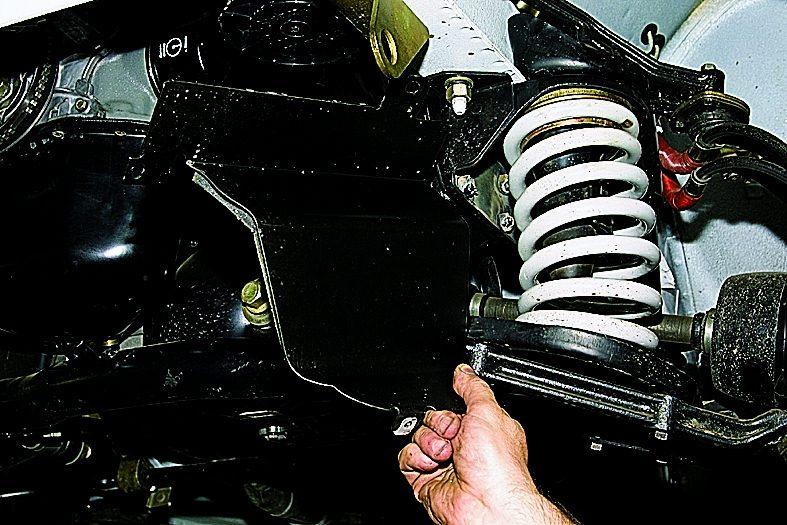 Как снять поддон на ваз 2121 не снимая двигатель видео