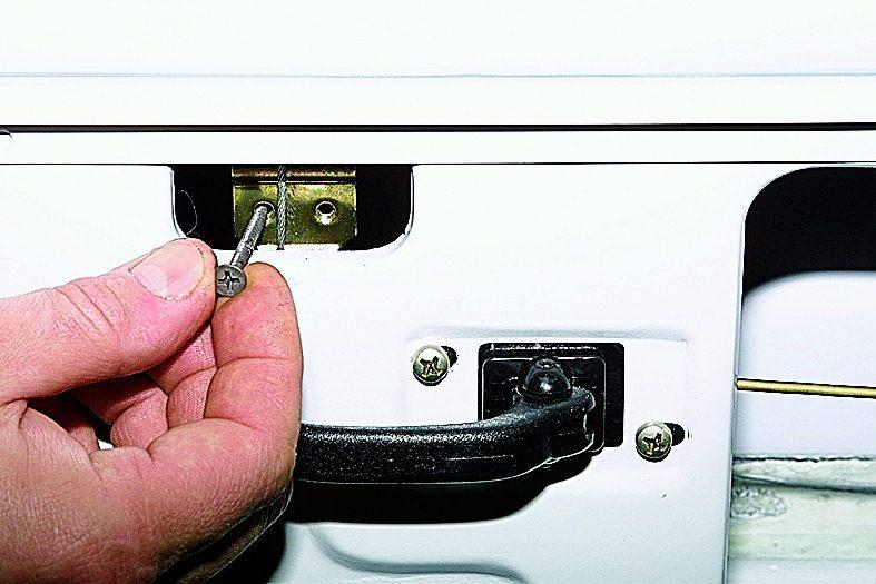 Электрическая схема ваз 21214 Электрическая схема ваз 21214 с распределенным впрыскомwww ваз 21214 электрическая...