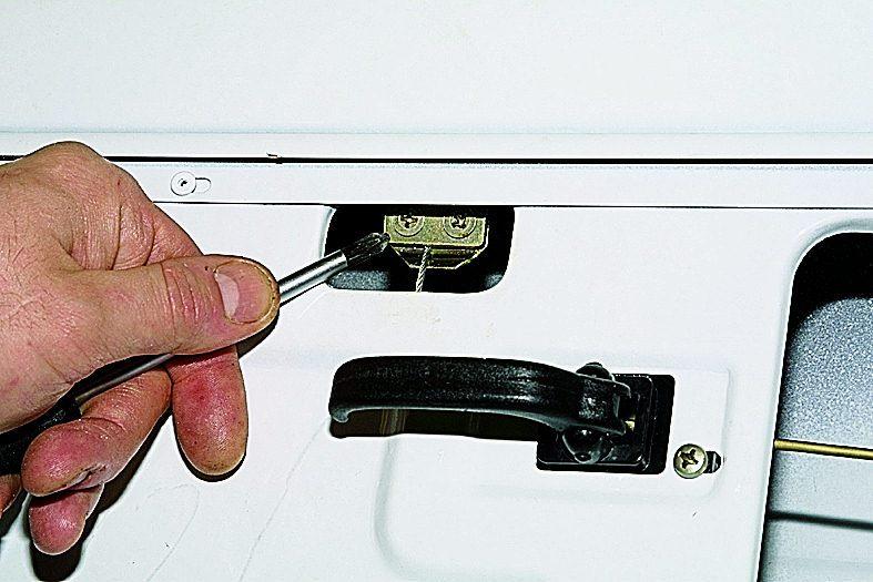 Ремонт стеклоподъемников на рено