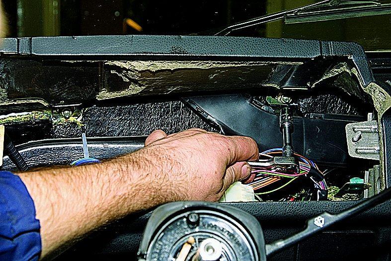 Электрическая схема прикуривателя автомобиля тойота.