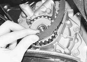 Операции при замене ремня ГРМ на авт…